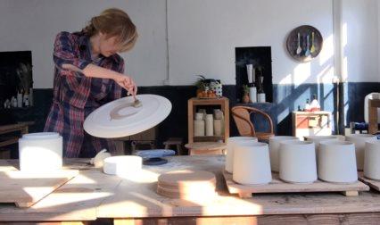 keramiker Agnes Fries Artist Talk 13. februar 2020 på Kunsthøjskolen i Holbæk