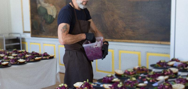 Kunsthøjskolen søger ny køkkenassistent til det guldvindende økologiske køkken -team April 2021
