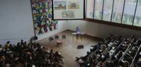 Artist talk 21. marts Kunsthøjskolen i Holbæk 2019 – kurator Milena Hoegsberg