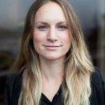Milena Høgsberg kurator gæsteunderviser på Kunsthøjskolen i Holbæk