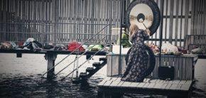 Reiki Mester Aiste Venskune Fællesskab Gong bath 14 marts 2019 Kunsthøjskolen i Holbæk