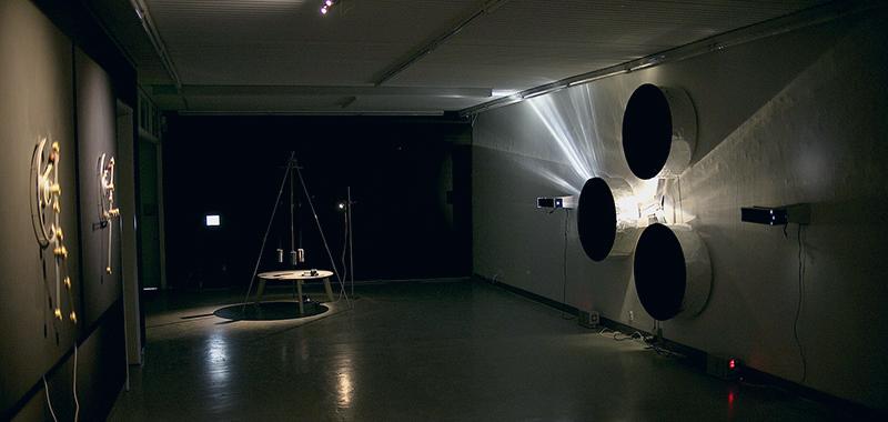The Three Body Problem (2018) Skeel, Skriver og Clive Ellegård. Artisttalk Kunsthøjskolen i Holbæk Morten Skriver 10. juli 2019 kl. 20